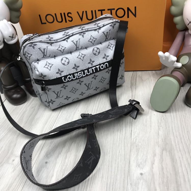 Молодежная сумка мессенджер Louis Vuitton белая Люкс Качество мужская сумка через плечо Луи Виттон реплика
