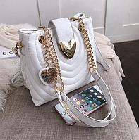 Белая стеганая сумка