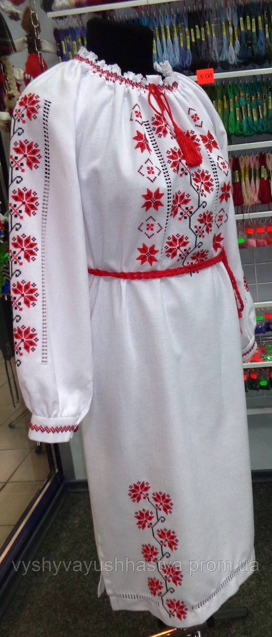 """Вышитое платье """"Хміль"""". Традиционно эта вышивка использовалась на свадьбу."""