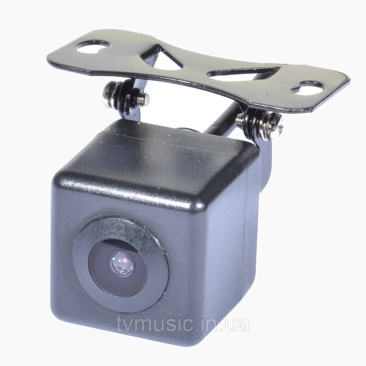 Камера заднего вида IL Trade C-16