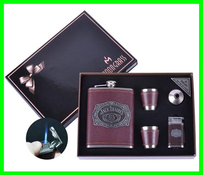 Подарочный Набор 5 в 1 Jack Daniel's (зажигалка,фляга,рюмки и лейка), фото 1