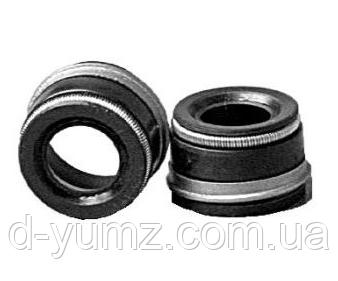 Манжета уплотнительная клапана (маслосъемный колпачек) МТЗ   240-1007020