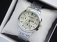 Кварцевые наручные часы Burberry серебро, серый циферблат, хронографы, календарь, фото 1