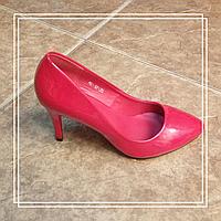 Женские туфли Hongquan HG-12 красный лак, 35