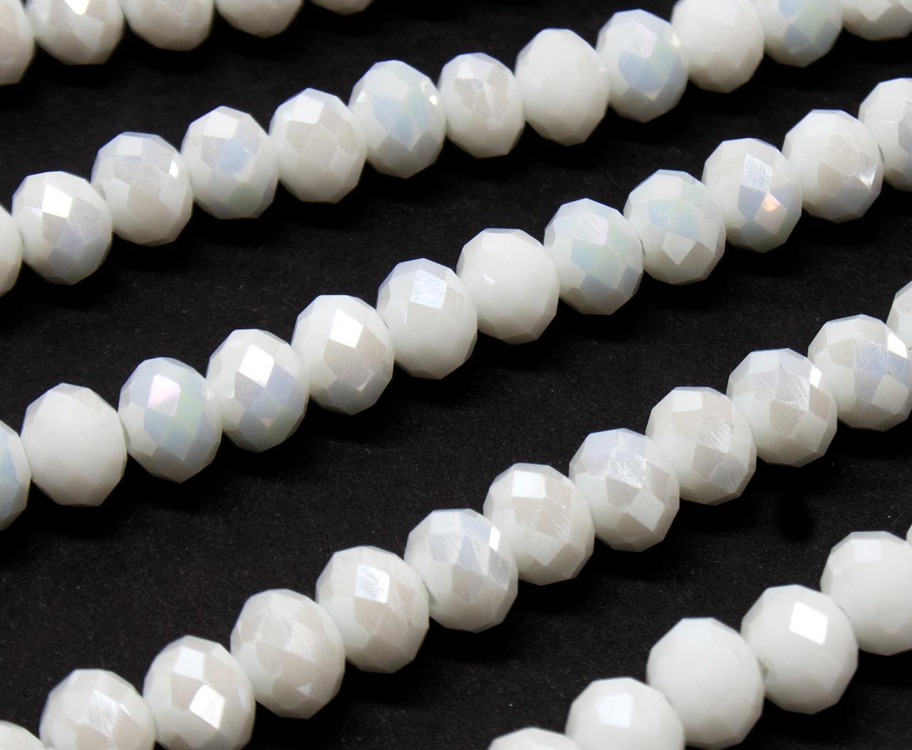 Бусины хрустальные (Рондель) 8х6мм  пачка - примерно 70 шт, цвет -  белый непрозрачный с АБ