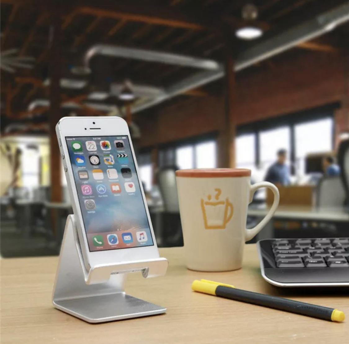 Универсальная алюминиевая подставка-держатель Stainless для смартфонов и планшетов (серебристый)