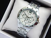 Женские кварцевые наручные часы Guess серебристого цвета, хронографы, дата, фото 1