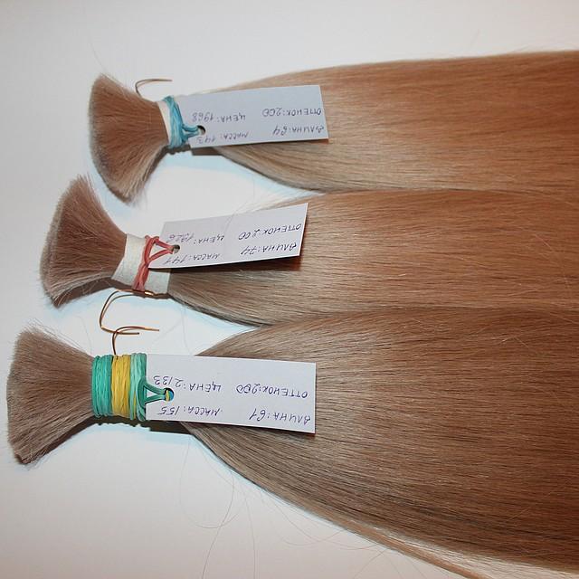 Срез натуральных славянских волос пепельный блонд