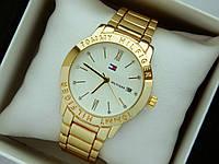 Кварцевые наручные часы Tommy Hilfiger золотого цвета, белый циферблат, календарь