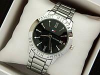 Кварцевые наручные часы Tommy Hilfiger серебристого цвета, черный циферблат, календарь, фото 1