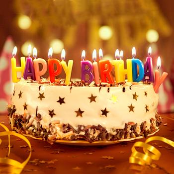 Свечи-буквы и простые в торт