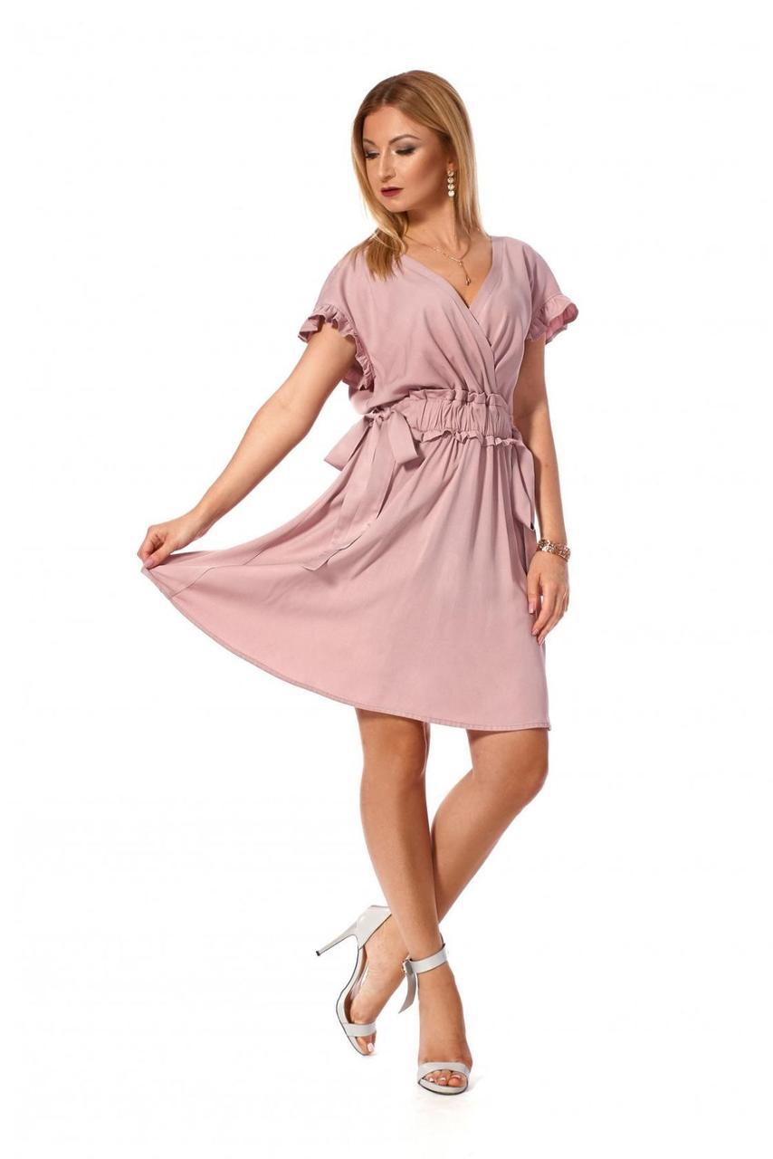 Коротенькое однотонное женское платье