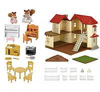 Большой дом с мебелью и  фигурками мамы Белки и сестры Белки Sylvanian Families 2746 Town House