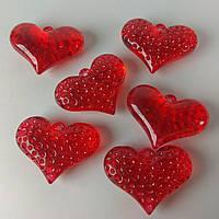 Сердца пластиковые с отверстием 1,5см 570310