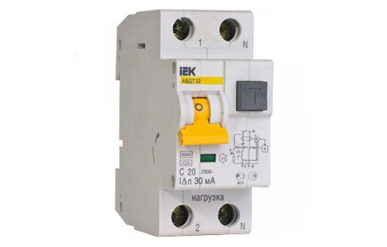 Автоматичний вимикач диференціального струму АВДТ32 C20 ІЕК [MAD22-5-020-C-30]
