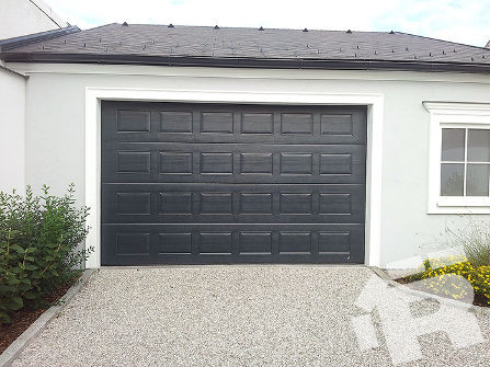 Филенчатые ворота для гаража Ryterna