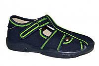 Детские открытые мокасины для мальчика на липучке (Тёмно-синие, зеленая оборка)