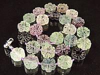 Бусы из флюорита,цветочек