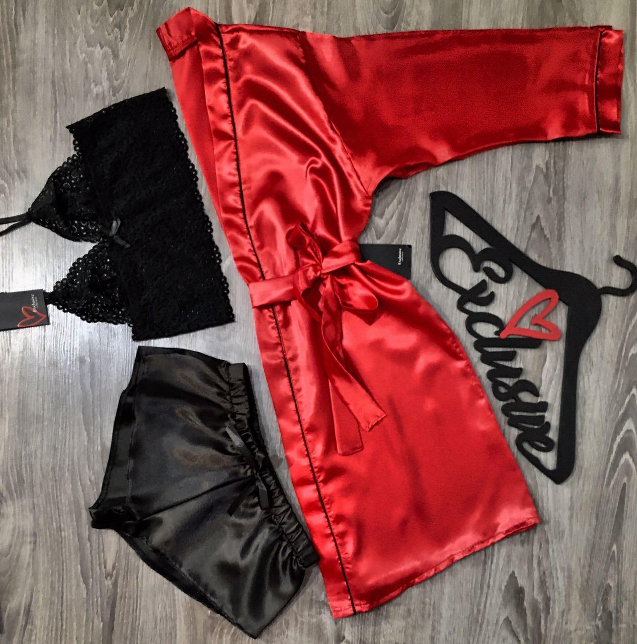 Красно-черный комплект домашней одежды.
