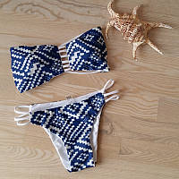 Женский раздельный купальник без бретелей сине-белый. Хит сезона!