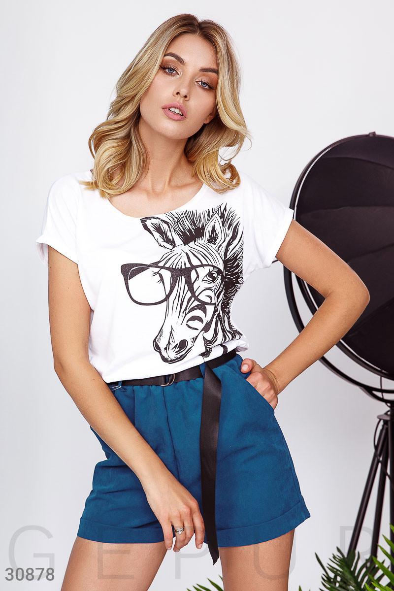 Женская футболка с зеброй белая