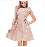 Женское летние платье с вышивкой Размер L