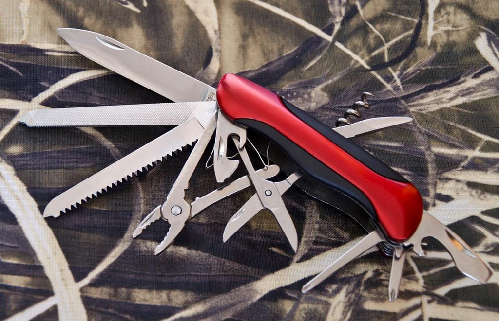Многофункциональный нож Traveler 06111-11