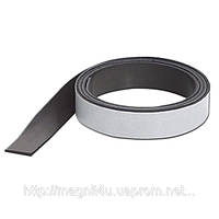 Магнитная лента с клеевым слоем (1,5мм х26мм х 30 м)
