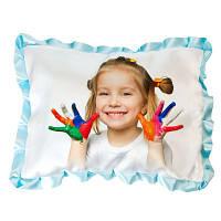 Фото на подушке или наволочке с цветными оборками