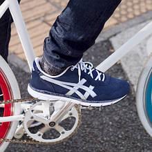 Чоловіче взуття ASICS (спортстиль, casual)
