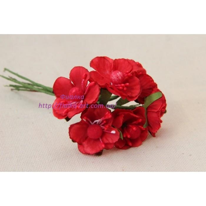 Цветы яблони маленькие ,  красные      60 шт