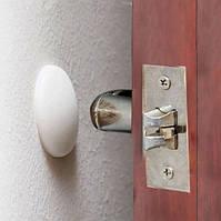 Ограничитель от удара о стену ручки двери (белый)
