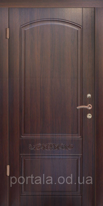 """Входная дверь """"Портала"""" (серия Люкс) ― модель Каприз"""