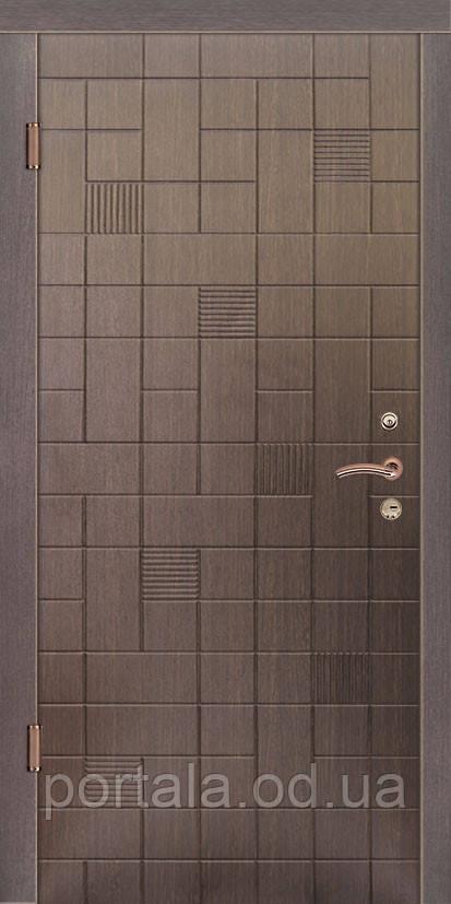 """Входная дверь """"Портала"""" (серия Люкс) ― модель Каскад"""