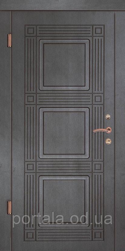 """Входная дверь """"Портала"""" (серия Люкс) ― модель Министр"""