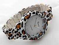 Часы женские - Geneva platinum -  циферблат белый, soft tach, пантера