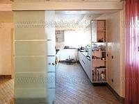 Стеклянные раздвижные двери и перегородки, фото 1