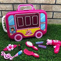 2000-7.Чемоданчик.Чемоданчик с парикмахерским набором - это просто находка для маленьких принцесс В