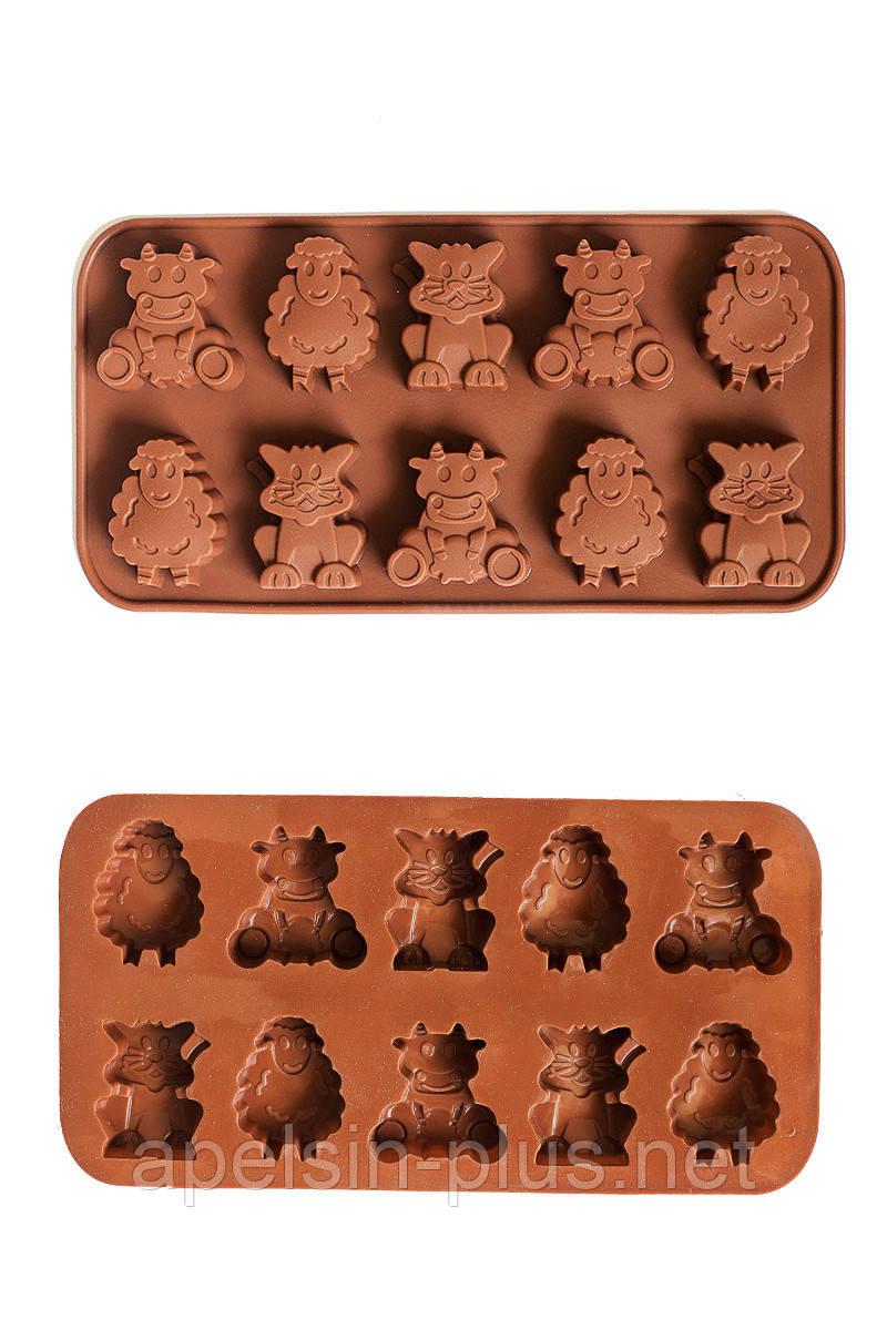Силіконова форма для шоколаду і цукерок Весела ферма на 10 клітинок