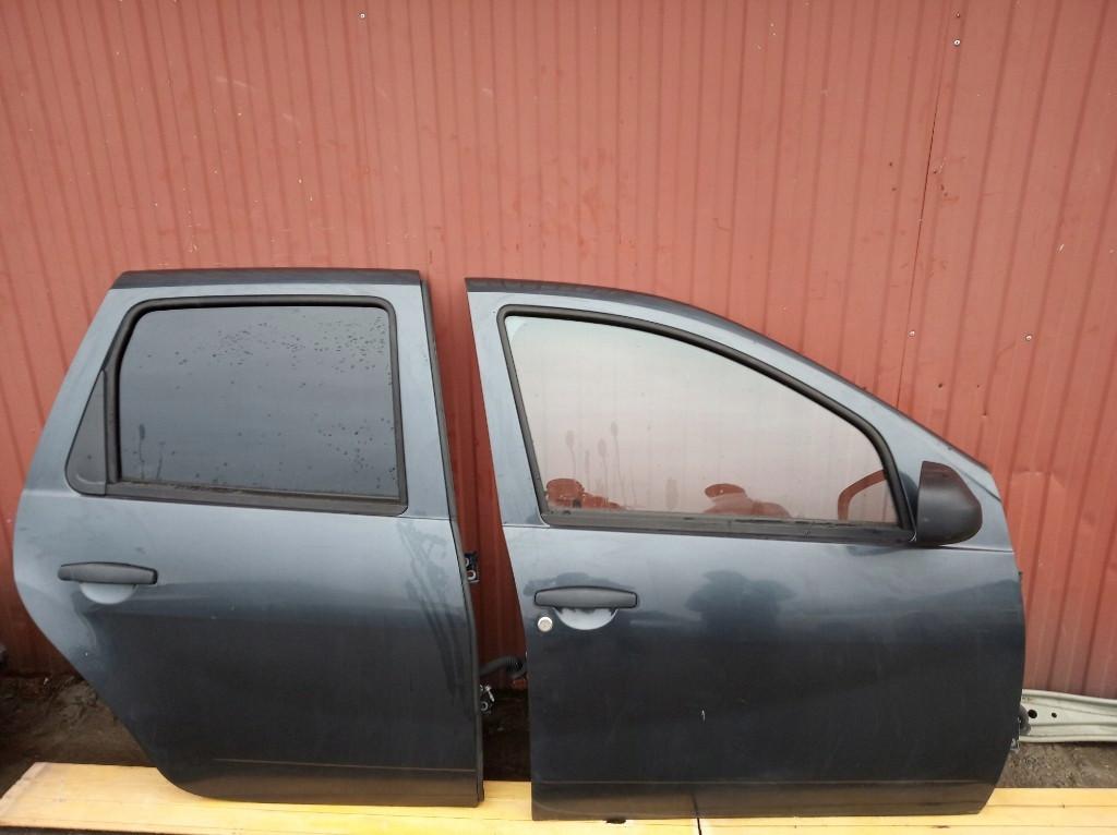 Б/у Двері передні Dacia Duster 2008-2016р