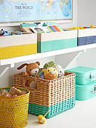 Ящики и контейнеры для хранения.