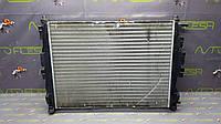 Б/у радиатор охлаждения 8200357536 для Renault Megane II