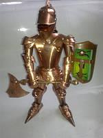 Статуя (фигурка) Рыцаря с визитницей в щите из меди 44см, подарок мужчине