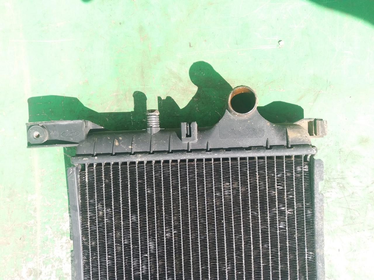 Радиатор для Ford Fiesta MK3 1.8D