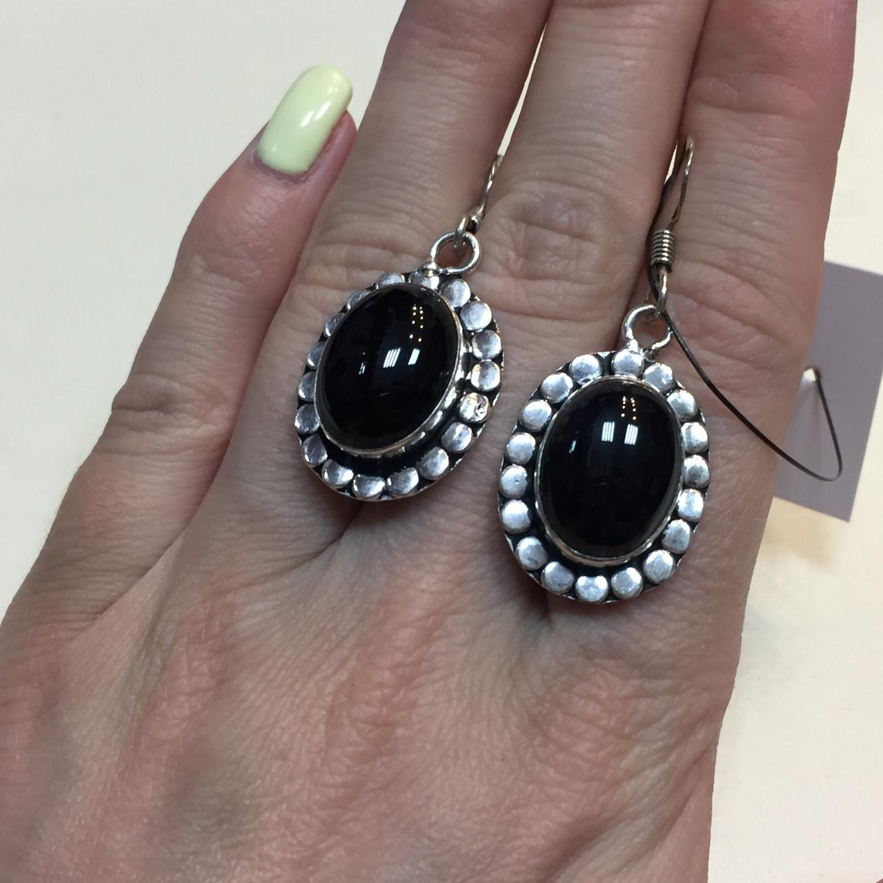 Черный оникс серьги с ониксом. Красивые серьги с камнем черный оникс в серебре Индия