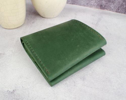 Гаманець шкіряний на кнопці Хорунжий зелений