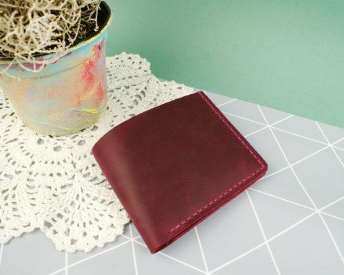 Класичний гаманець на кнопці Отар Пурпуровий