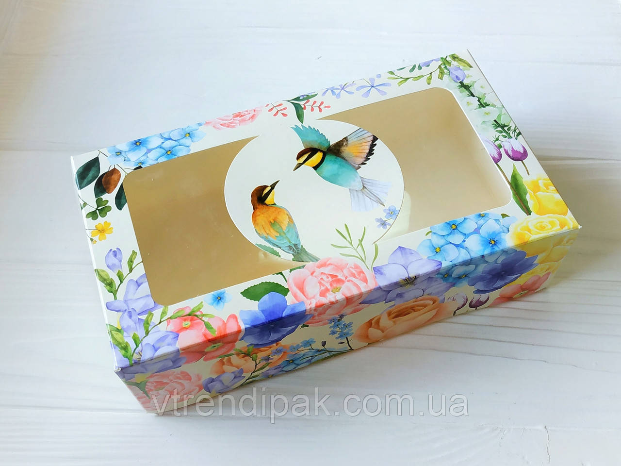 """Коробка """"ПТАШКИ"""" для  зефіру, десертів, тістечок, еклерів 200*115*50 з мелов.картону з вікном ПВХ-плівка"""