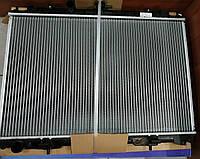 Радиатор охлаждения Nissan X-Trail T30 Ниссан Икс Трейл (01-) МКПП (LRc 14H8) Luzar