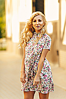 Молодежное короткое платье-трапеция персиковое размеры 42-52